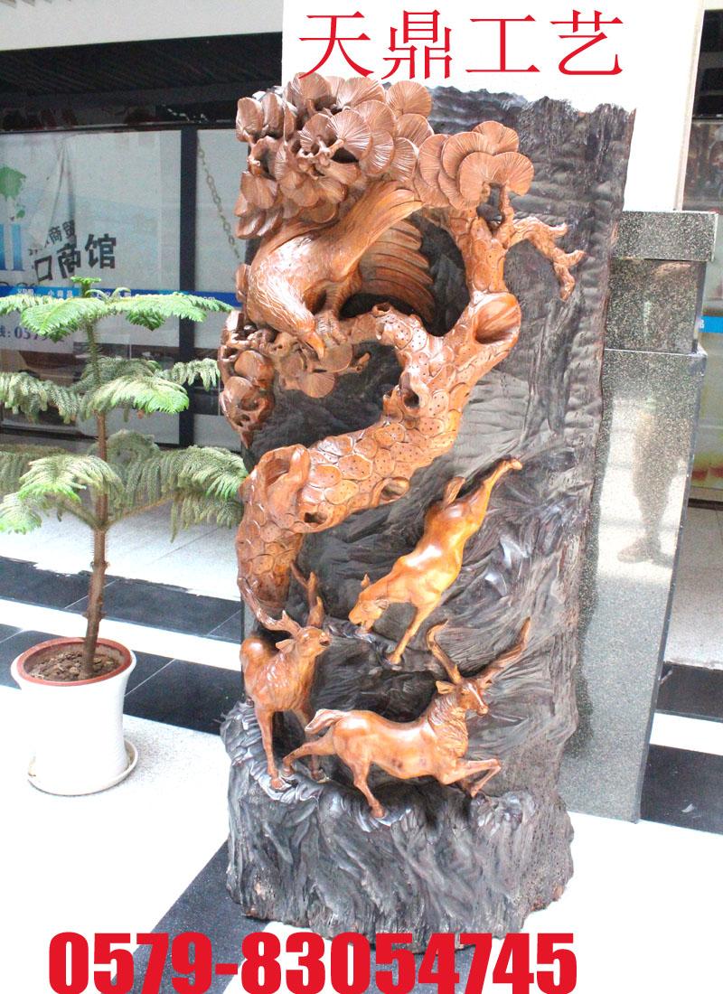 木雕老鹰鹿工艺品
